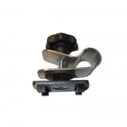 Adaptateur d'accessoires de flexible sur les pieds perche