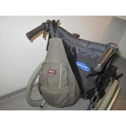 Crochet de support sac ou veste pour fauteuil roulant
