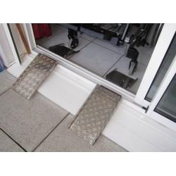 Rampe d'accès de seuil pour fauteuil roulant