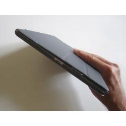 Guide doigts pour ipad intégré à la housse