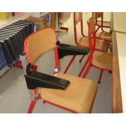 Accoudoirs amovibles en place sur la chaise