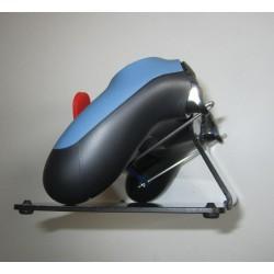 Manette de PS4 montée sur socle avec boutons R2 et L2 déportés pour accessibilité des personnes handicapées