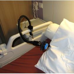 Support flexible avec contacteur fixé sur barrière de lit médicalisé