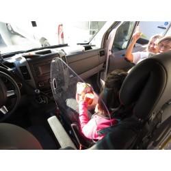 Plaque de séparation de siège