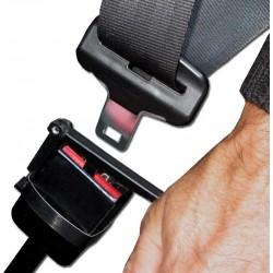 Manette adaptée pour déverrouiller sans effort la ceinture de sécurité