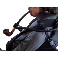 Support de pipe sur flexible pour personne handicapée