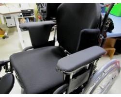Besoins : déplacement en fauteuil